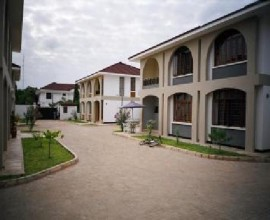 Townhouse for rent in Masaki