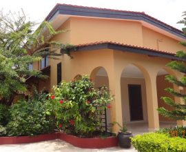 An Alluring 3 Bedroom Double Storey House For Rent