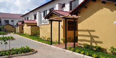 4 BEDROOM FURNISHED HOUSE ON A COMPLEX