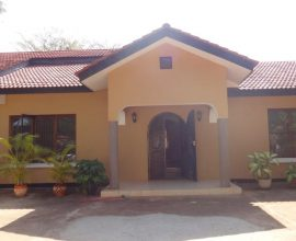 5 BEDROOM HOUSE FOR RENT IN MASAKI